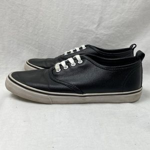 Divided by H&M Lace up Canvas Sneakers